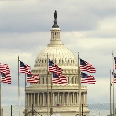Trump invita a líderes del Congreso a reunirse para solucionar cierre de Gobierno