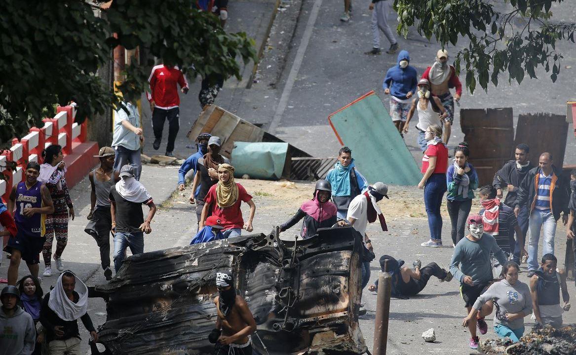 Foto: Opositores al gobierno de Nicolás Maduro se enfrentan contra Policías de Venezuela, 25 enero 2019