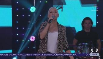 Ana Torroja interpreta 'Llama' en Al Aire