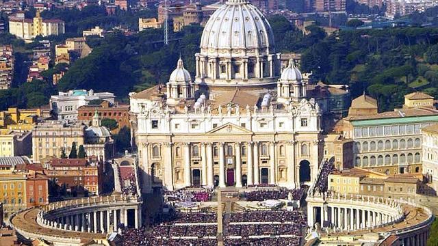 FOTO Abuso sexual, los escándalos de la Iglesia católica en 2018 / vaticano Ap octubre 2002
