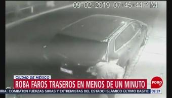 Captan a hombre robando faros de auto en Coyoacán