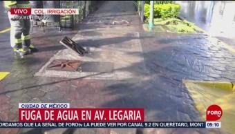 Enorme fuga de agua en avenida Legaria, CDMX