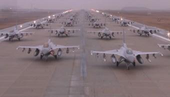 Foto: Aviones de combate de EEUU y Corea del Sur formados en la base área de Kunsan el 2 de marzo de 2012