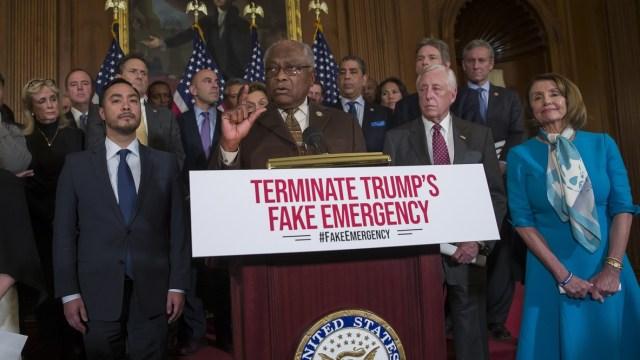 Foto: Líderes demócratas presentan el 25 de febrero de 2019 un plan para revocar la emergencia nacional decretada por el presidente de Estados Unidos, Donald Trump