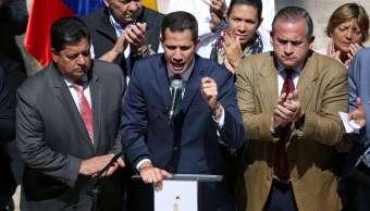 Foto: El líder de la oposición venezolana, Juan Guaidó, habla durante una conferencia de prensa en la Asamblea Nacional en Caracas el 4 de febrero del 2019
