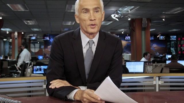 Foto: Jorge Ramos, presentador de noticias de Univision, desde el estudio en Miami, Florida, EEUU, el 14 de diciembre de 2011