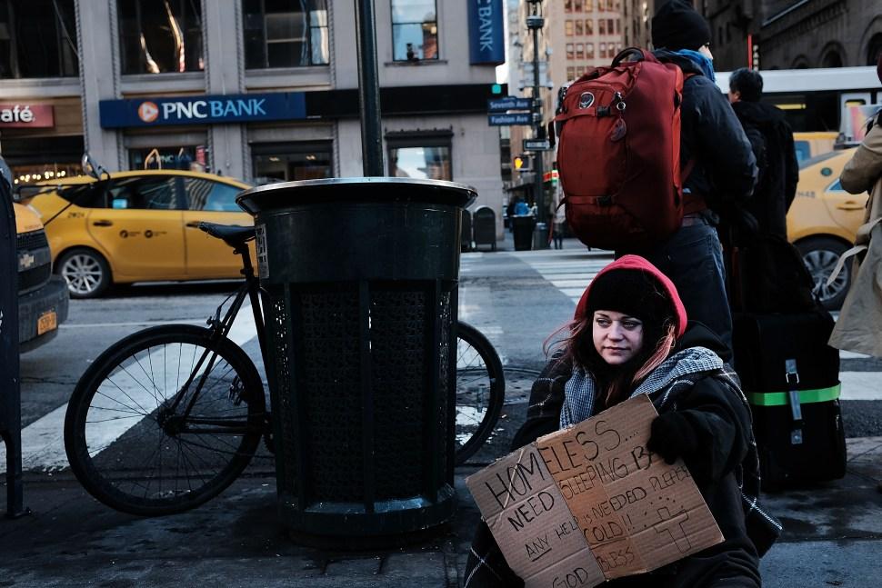 Pobreza-pobre-nueva-york-estados-unidos-america-neoliberalismo-economia-foto-14-diciembre-2017