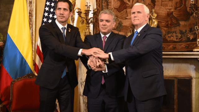 Foto: Juan Guaidó, Iván Duque y Mike Pence, 25 de febrero de 2019, Bogotá,Colombia