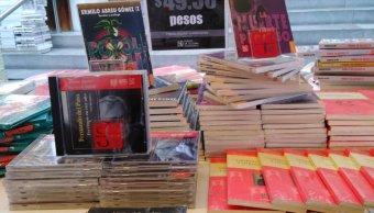 foto libros fce menos 50 pesos 8 febrero 2019