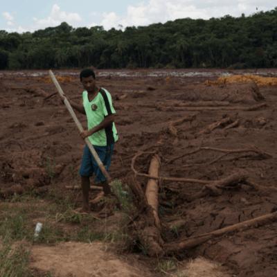 Brasil cierra presas similares a las que colapsaron