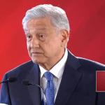 Foto: López Obrador responde a reporteros en Palacio Nacional, 12 de febrero de 2019, Ciudad de México
