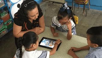 Foto: Gobierno de Guerrero garantiza pagos de maestros, 20 de noviembre 2018. Twitter EducGuerrero