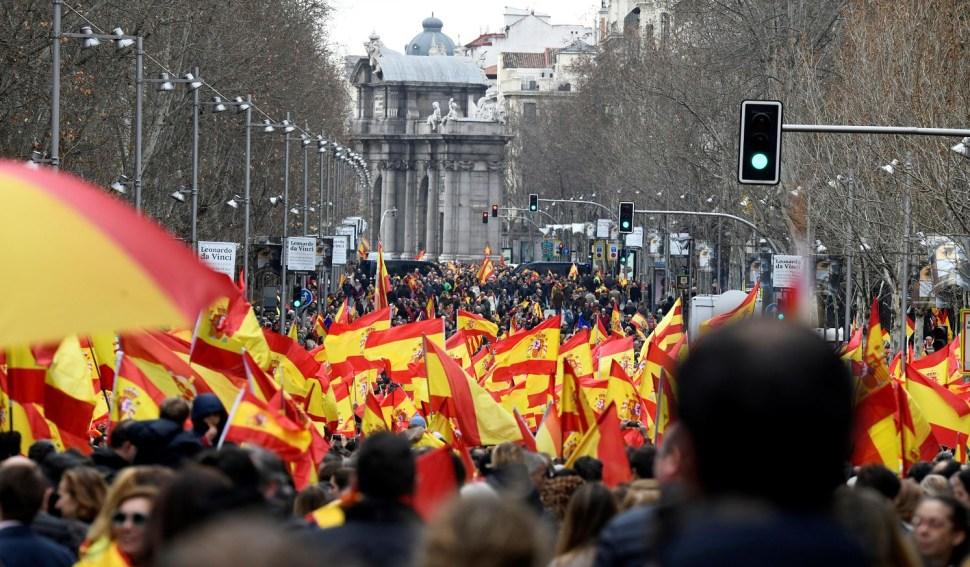 Foto: Vista de la calle de Velázquez, durante la concentración convocada por PP, Ciudadanos y VOX este domingo en la plaza de Colón de Madrid, 10 febrero 2019