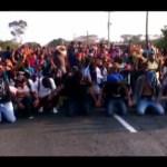 Foto: Migrantes Hincan No Ser Detenidos Chiapas 19 de Febrero 2019
