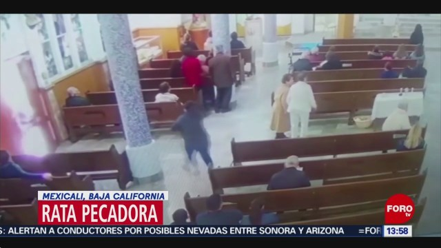 Foto: Mujer roba bolso durante misa en Mexicali