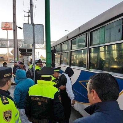 Mata a pasajero durante asalto en Ecatepec y lo linchan