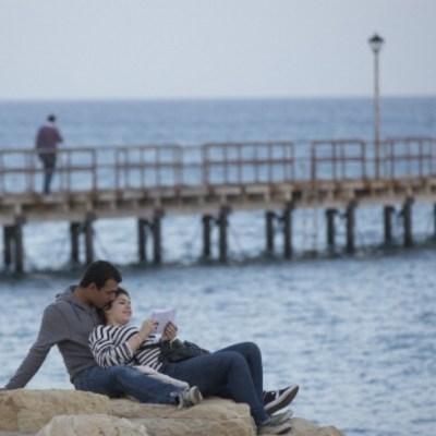 Entre parejas, ellas incurren más en 'infidelidad financiera'