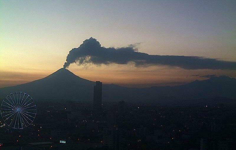 popocatepetl registra explosion y fumarola de mas de dos mil metros de altura