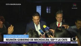 Se reúnen autoridades del gobierno de Michoacán, SEP y CNTE