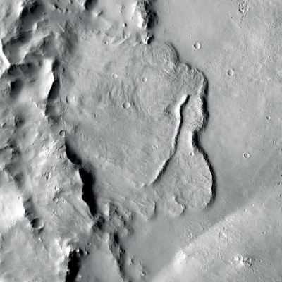 Hallan primera evidencia de sistema de agua subterránea en Marte