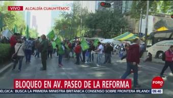 Trabajadores agrícolas bloquean Paseo de la Reforma