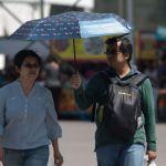 Foto: Las autoridades capitalinas recomendaron a la población aumentar el consumo de líquidos, usar ropa fresca y de color claro, además de utilizar gorra, sombrero o sombrilla, el 3 de marzo de 2019 (Cuartoscuro)