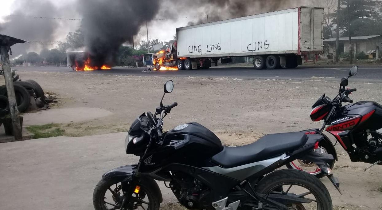 Foto: Bloqueos del CJNG en Veracruz, 15 de marzo 2019. Twitter @PEDRO_REPORTERO