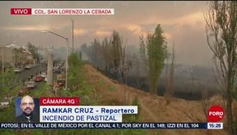 Foto: Bomberos trabajan en incendio de pastizal en Xochimilco