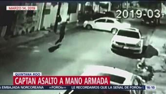 Foto: Captan momento de asalto a dos mujeres en Q. Roo