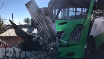 FOTO Choque de transporte público deja 14 heridos en la carretera México-Cuernavaca (Noticieros Televisa morelos 26 marzo 2019)