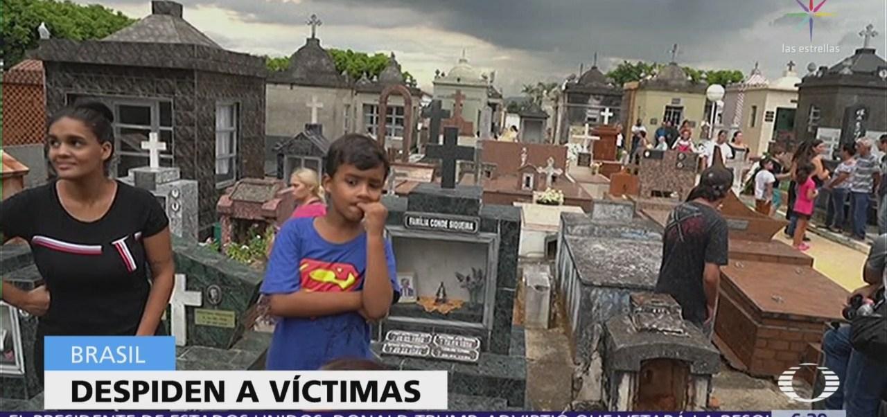 Despiden a víctimas de la matanza en escuela de Brasil