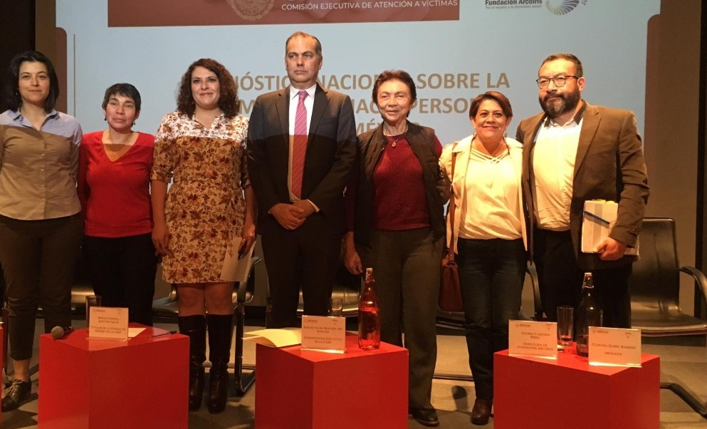 Foto: Presentan el Diagnóstico Nacional sobre Discriminación hacia personas LGBTI en Salud y trabajo en México, marzo 5 de 2019 (Facebook: Fundación Arcoiris)