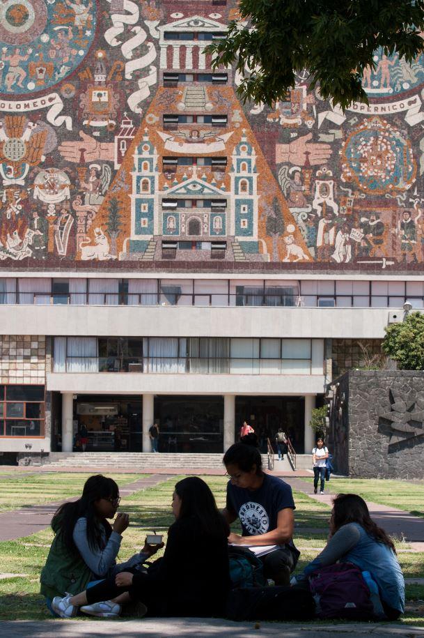 Durante el 2018, la UNAM recibió a 9 mil 817 jovenes en sus diferentes licenciaturas (Cuartoscuro)