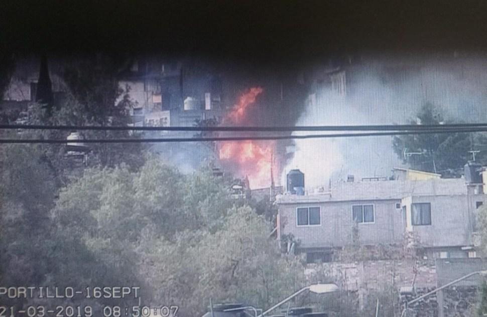FOTO Pipa de gas explota en Milpa Alta, CDMX; hay heridos graves