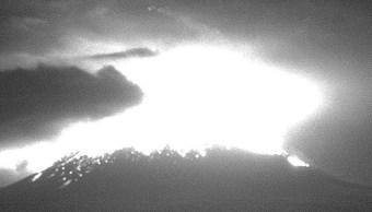 popocatepetl registra explosion acompañada de material incandescente y ceniza