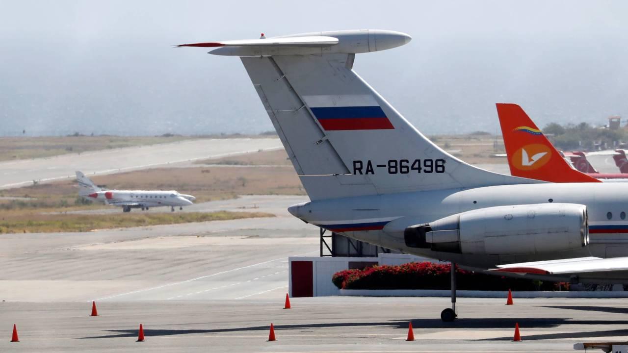Foto: Un avión con la bandera rusa aterriza en el Aeropuerto Internacional Simón Bolívar en Caracas, Venezuela. El 24 de marzo de 2019