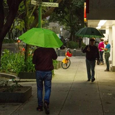 Llueve en 13 alcaldías de Ciudad de México; activan alerta amarilla
