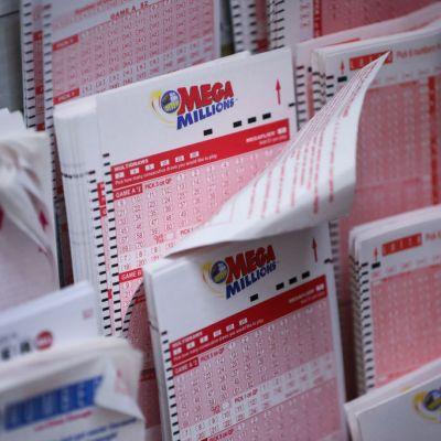 Aparece ganador de 1,500 millones de dólares de lotería en EEUU
