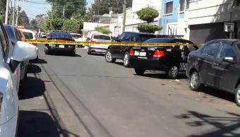 Foto: El escolta de la menor al percatarse de la presencia de tres sujetos a bordo de un auto compacto realizó detonaciones con su arma de fuego, el 1 de marzo de 2019 (Twitter @Jalisco_Rojo)