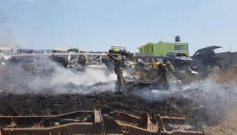 Foto: Incendio consume 18 vehículos en corralón de Tarímbaro, Michoacán, 4 de marzo de 2019. Twitter @pcmichoacan