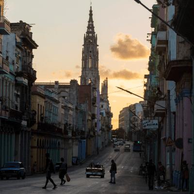 EU permitirá demandas de estadounidenses contra firmas cubanas
