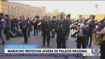 Foto: Mariachis protestan frente a Palacio Nacional en la CDMX