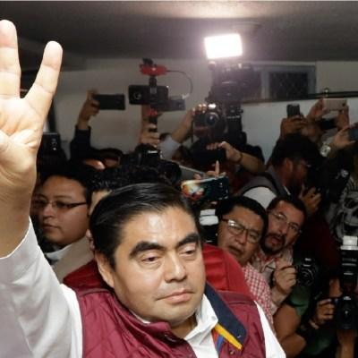Miguel Barbosa será el candidato de Morena a gobernador de Puebla