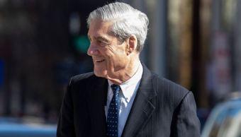 Imagen: El informe del fiscal especial Robert Mueller no exonera a Trump, el 24 de marzo de 2019 (Getty Images, archivo)
