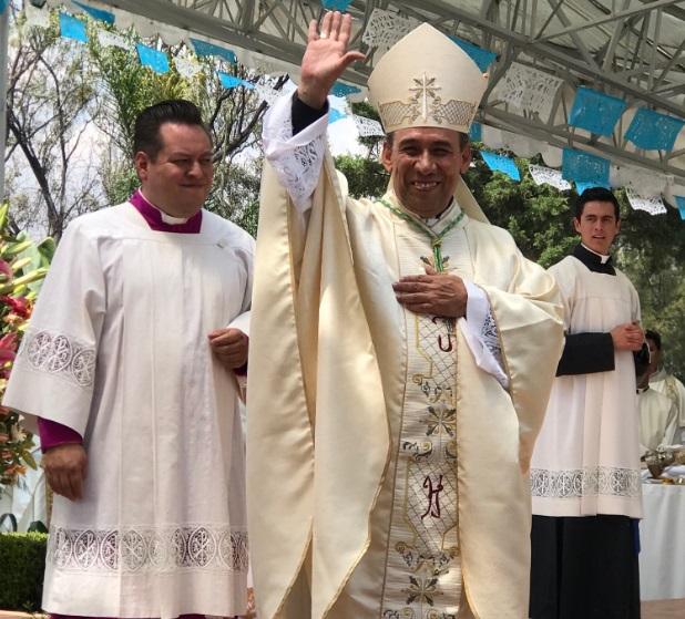 Foto: José Antonio Fernández Hurtado, toma posesión como nuevo Arzobispo de la Arquidiócesis de Tlalnepantla marzo, marzo 18 de 2019 (Twitter: ManuelEspino)