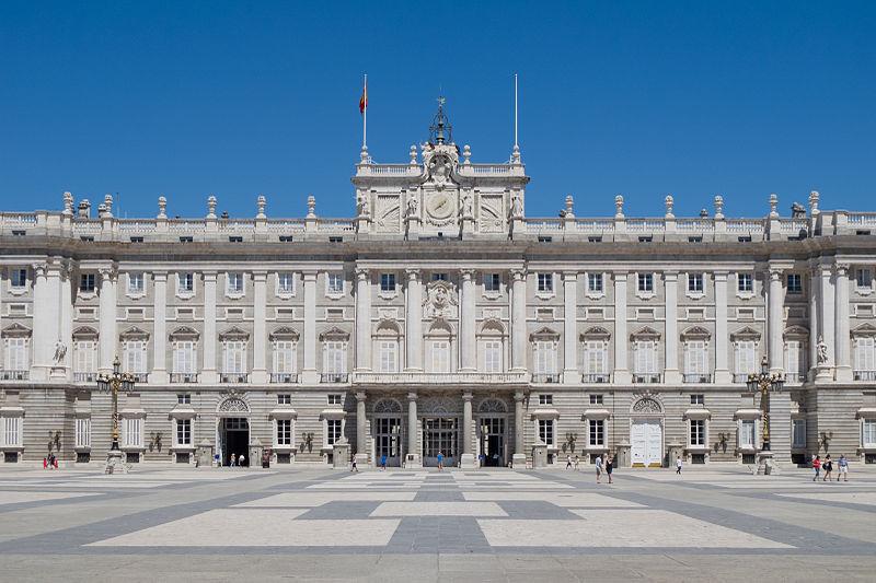 Palacio-Real-Madrid-Carlos Delgado; CC-BY-SA