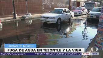 Se registra fuerte fuga de agua en Tezontle y La Viga