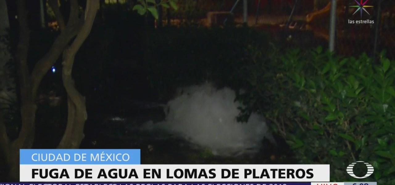 Se registra fuga de agua en Lomas de Plateros, CDMX