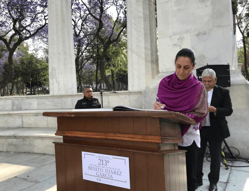 Foto: Sheinbaum durante ceremonia cívica en honor a Benito Juárez, 21 de marzo de 2019, Ciudad de México