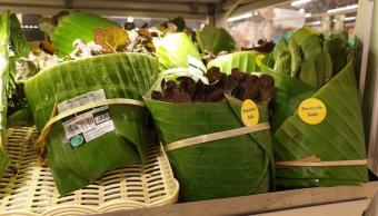 Foto Supermercado usa hojas de plátano en lugar de bolsas de plástico 28 marzo 2019